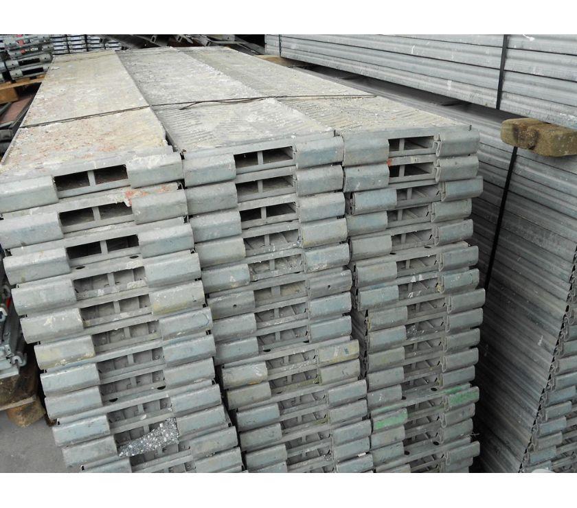 Photos Vivastreet Echafaudage d'occasion spécial toiture Hünnebeck: 214 m²