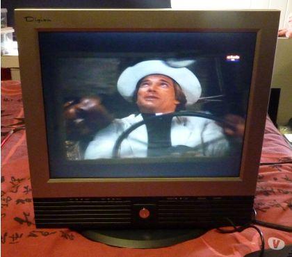 Photos Vivastreet Moniteur 15 pouces avec Tuner TV Digian TM2015