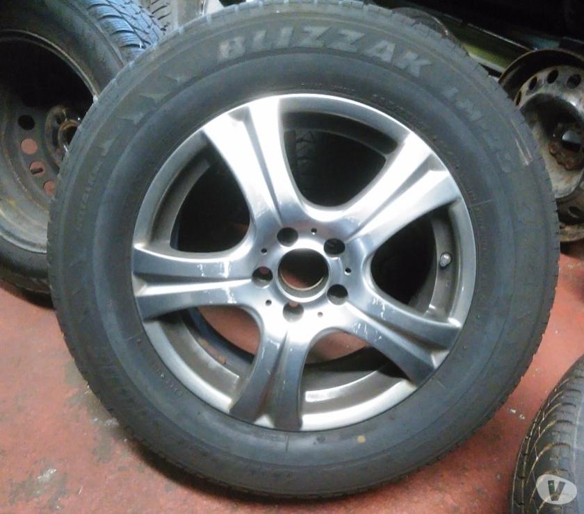 """Pièces et services auto Molenbeek Saint Jean - 1080 - Photos Vivastreet jantes sur pneus 17"""" Mercedes"""