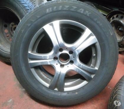Photos Vivastreet jantes sur pneus 17