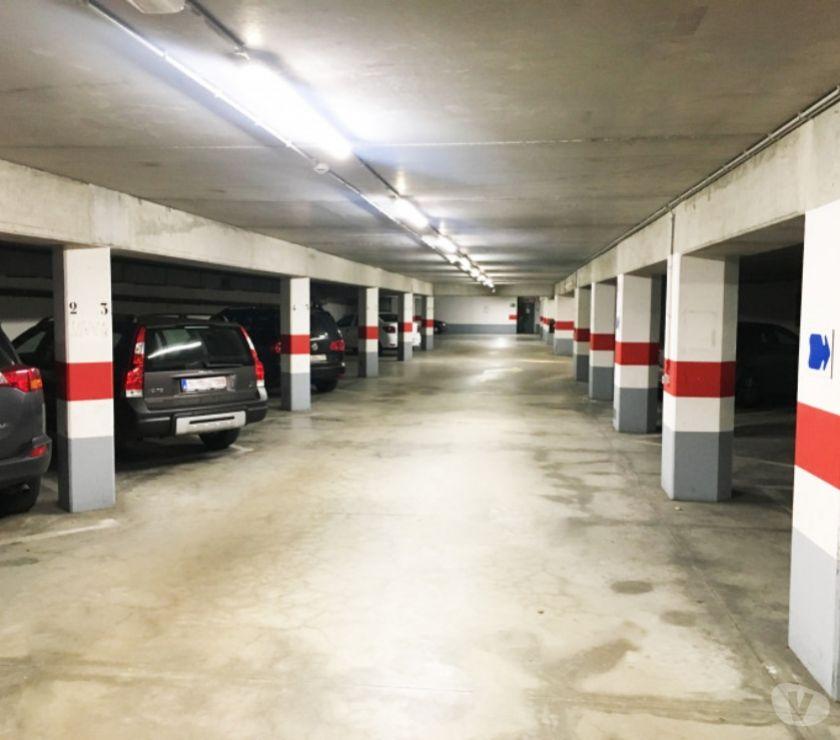 Location parking & garage Gent - 9000 - Photos Vivastreet Parking à louer Hotel de Ville de Gand