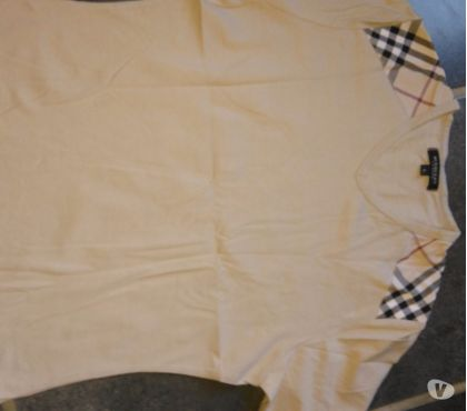 Photos Vivastreet T shirt burberry