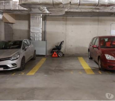 Photos Vivastreet Parking à louer Avenue Van Volume Châtaignes