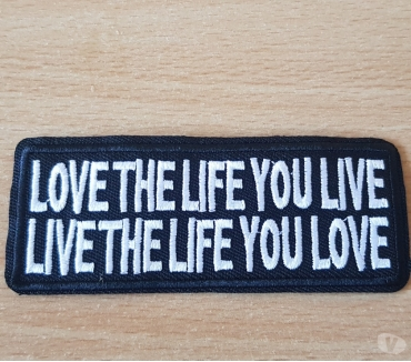 Photos Vivastreet ecusson patch love the life you live, live the life you love