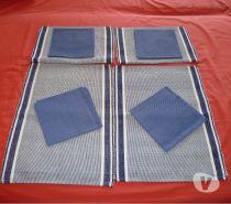 Photos Vivastreet 4 sets de table + 4 serviettes