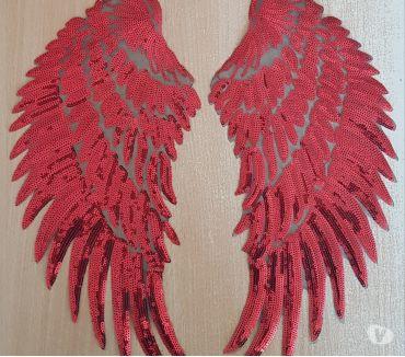 Photos Vivastreet ecusson paire d'ailes rouges 33x17 cm thermocollant