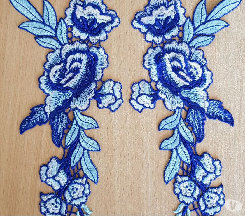 Photos Vivastreet Ecusson decoration paire de fleur brodée bleu, blanc 28x11