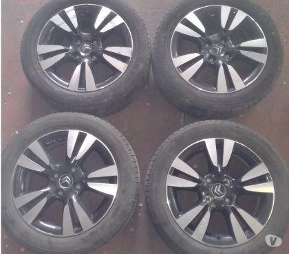 Photos Vivastreet Citroen DS3 pneus sur jantes aluminium DS3