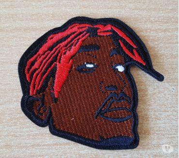 Photos Vivastreet Ecusson brodé Tupac 2pac shakur 8x7 cm