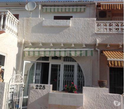 Photos Vivastreet Torrevieja (Alicante) Espagne Location maisonnette T2