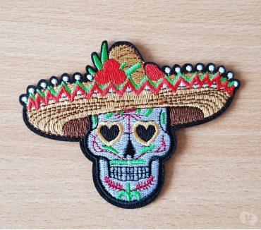 Photos Vivastreet ecusson brodé tête de mort mexicaine sombrero 10,5x8 cm