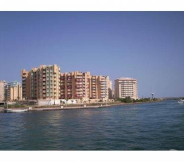 Photos Vivastreet Appartement meublé avec vue sur deux mers et le port