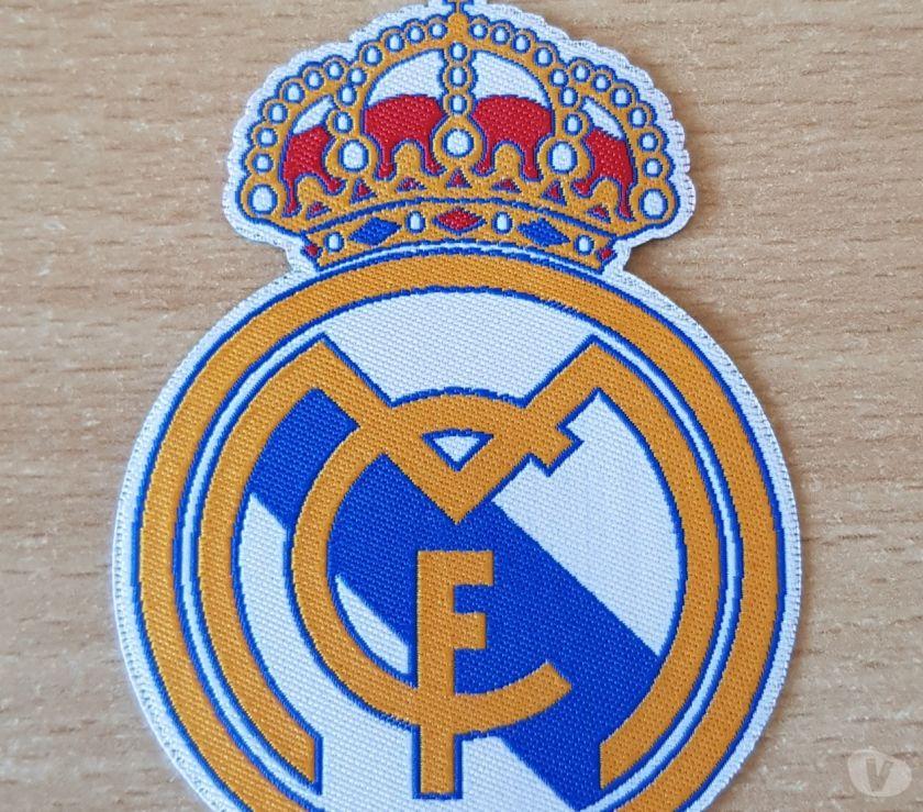 Collections Bruxelles Bruxelles - 1000 - Photos Vivastreet écusson tissu Real Madrid Club de Fútbol football 8x6 cm