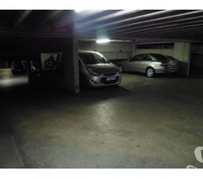 Photos Vivastreet Garage en Sous-sol en Outremeuse. Voiture ou moto