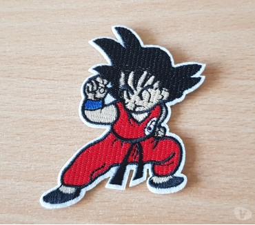 Photos Vivastreet écusson brodé dragon ball z Son goku 6x8 cm thermocollant