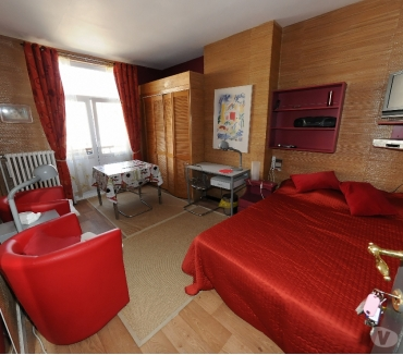 Photos Vivastreet BEAU STUDIO MEUBLE SCHUMAN 650€ CHGS INC 1er SEPTEMBRE 21