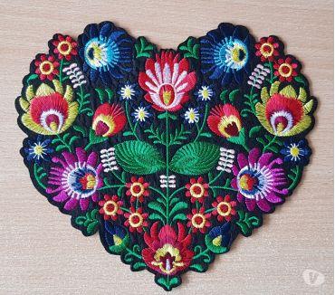 Photos Vivastreet écusson brodé bouquet de fleur n°3 taille XL 20x18 cm