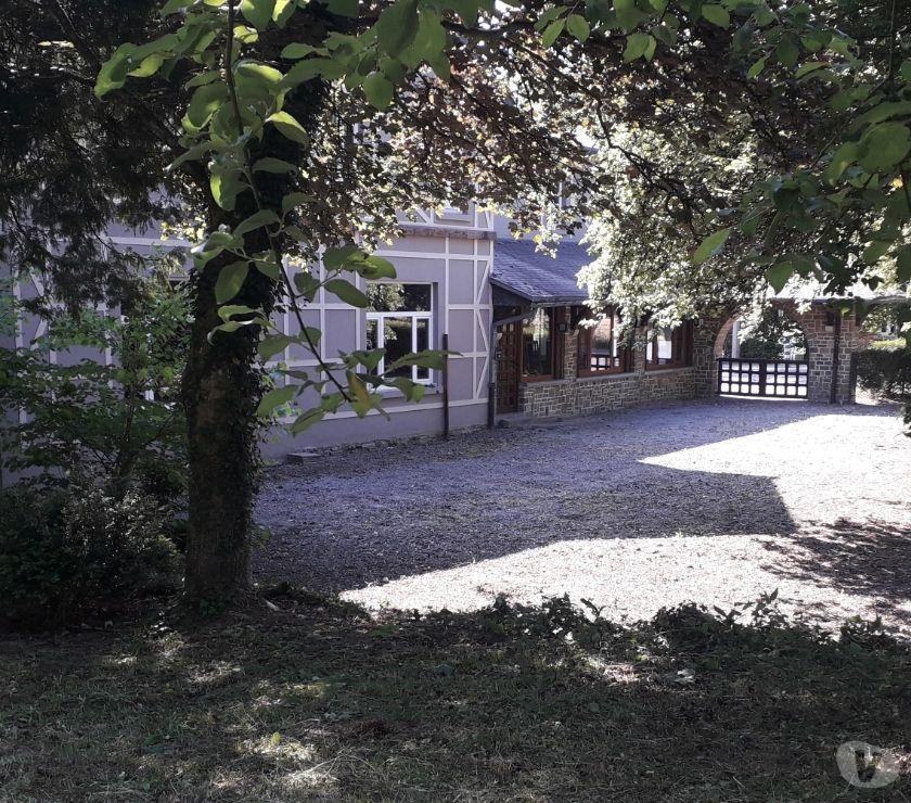 Fond de Commerce a vendre Rochefort - 5580 - Photos Vivastreet A VENDRE : libre de suite : commerce ou restaurant Rochefort