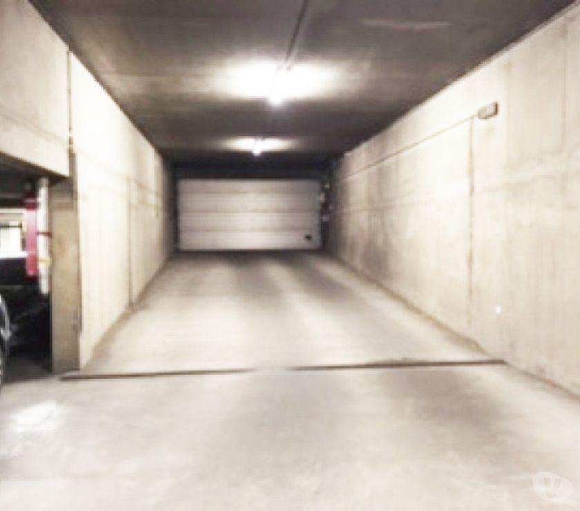 Location parking & garage Ixelles - 1050 - Photos Vivastreet Parking à louer - te huur Trône