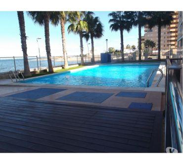 Photos Vivastreet Appartement meublé avec parking en face de la Méditerranée.