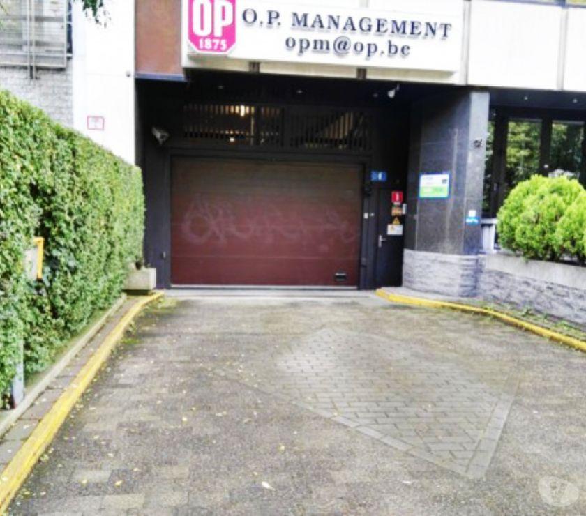 Location parking & garage Bruxelles Bruxelles - 1000 - Photos Vivastreet Parking à louer Abbaye de la Cambre