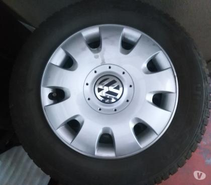 Photos Vivastreet 4 pneus hiver avec jantes 16'' pour VW Passat