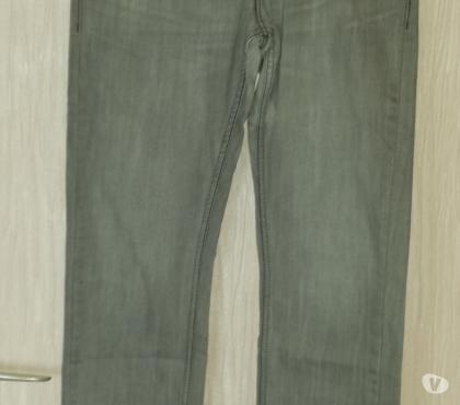 Photos Vivastreet Jeans homme Levi's 511