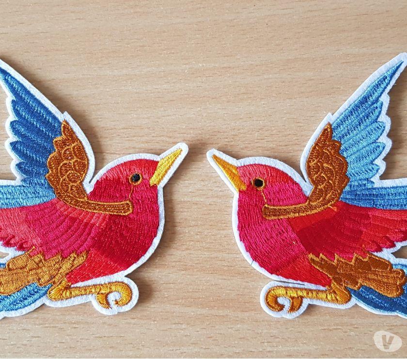 Photos Vivastreet ecusson brodé paire d'oiseaux 11x11 cm thermocollant