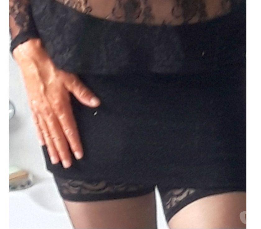 exhib Halle Halle - 1500 - Photos Vivastreet fétichisme bas nylon et lingerie pour femme et trav