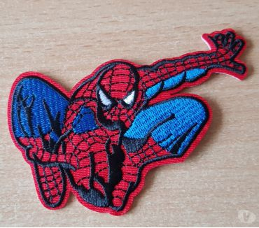 Photos Vivastreet Ecusson brodé spiderman super héros Marvel 9,5x7,5 cm