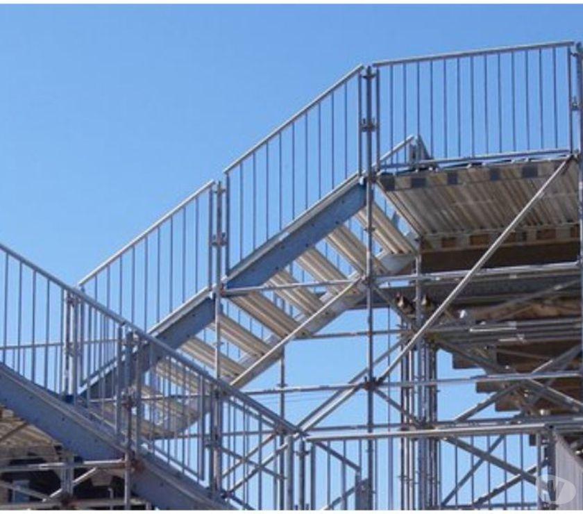 Matériel agricole Bruxelles Bruxelles - 1010 - Photos Vivastreet Escalier d'accès Escalier de secours Occasion -55%