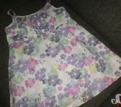 Photos Vivastreet 2 blouses à bretelles 14ans