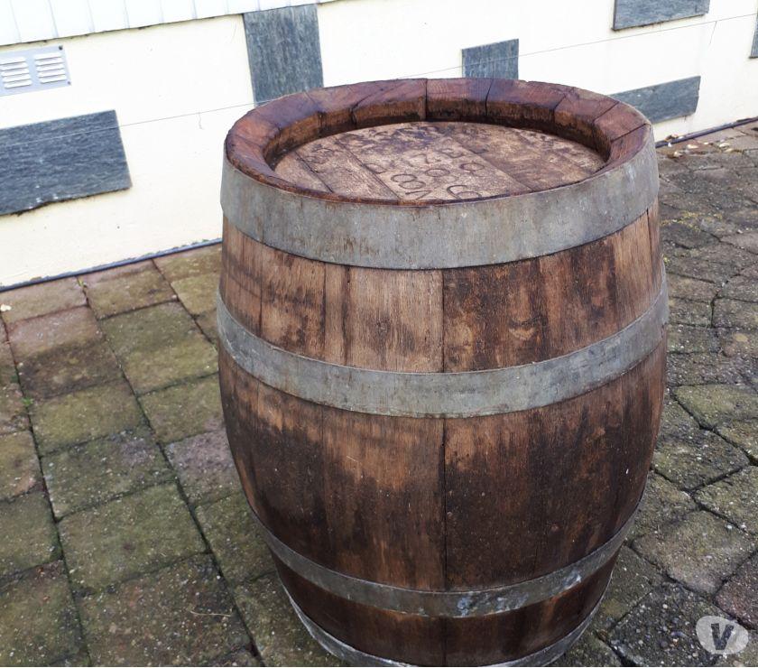 Photos Vivastreet Vieux fût en chêne 50 litres