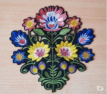 Photos Vivastreet écusson brodé bouquet de fleur taille XL 26x25 cm