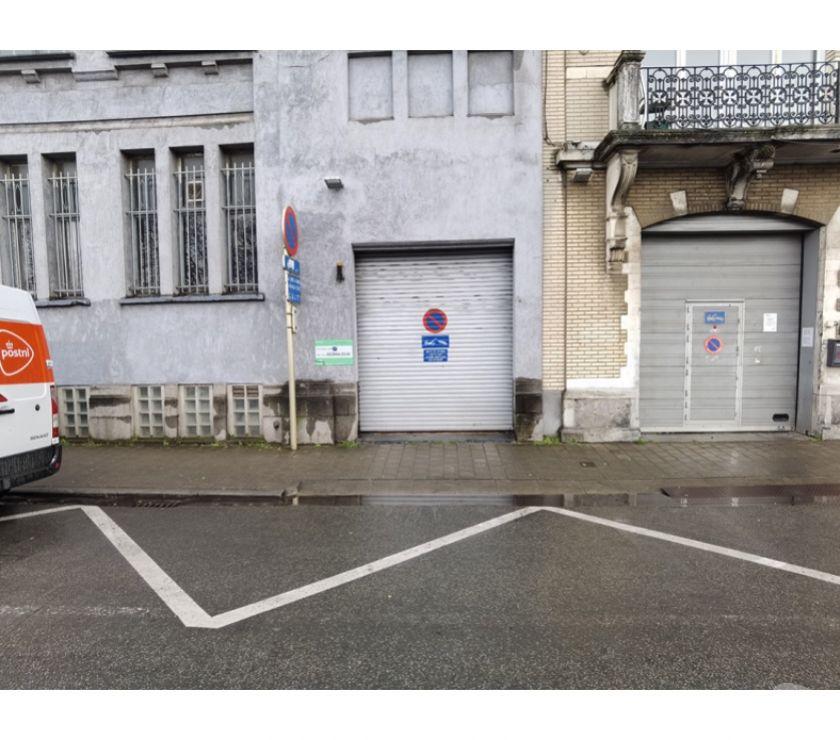 Location parking & garage Bruxelles Bruxelles - 1000 - Photos Vivastreet Parking à louer - te huur Quai Bassin Vergote