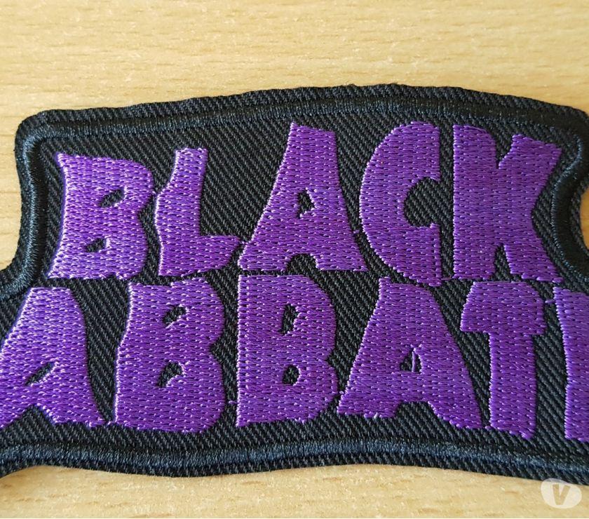 Photos Vivastreet écusson brodé black sabbath 12x5,5 cm thermocollant