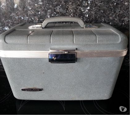 Photos Vivastreet Beauty case rigide vintage Samsonite Starflite