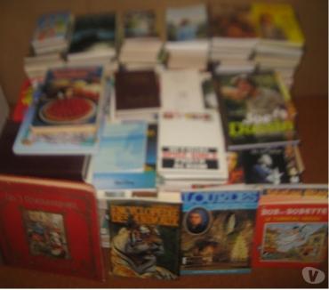 Photos Vivastreet livres (90)-Atlas-animaux-chanteurs-BD-Disn. -enfants