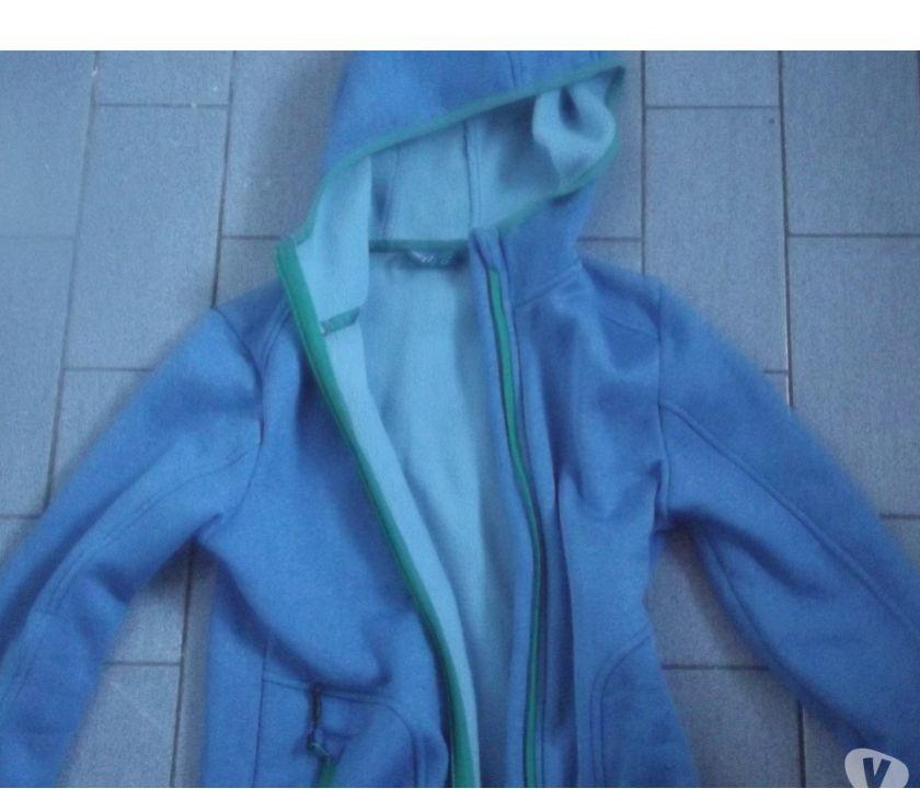 Photos Vivastreet gilet à capuche et anorak taille 122-128