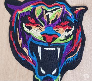 Photos Vivastreet Ecusson brodé taille L Tete de tigre 21x16 cm