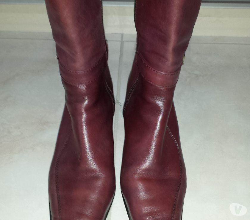Photos Vivastreet Demi-bottes en cuir