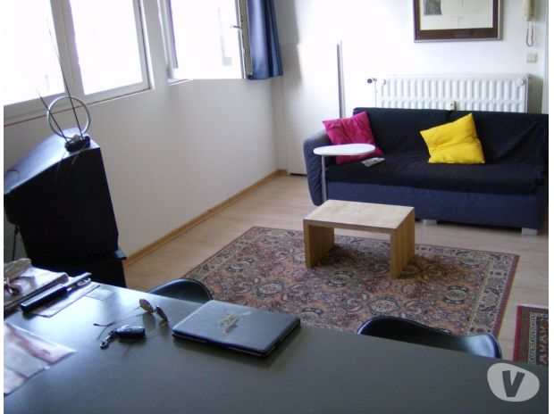 photos vivastreet studio flat meubl pr s ucl ulb cee. Black Bedroom Furniture Sets. Home Design Ideas
