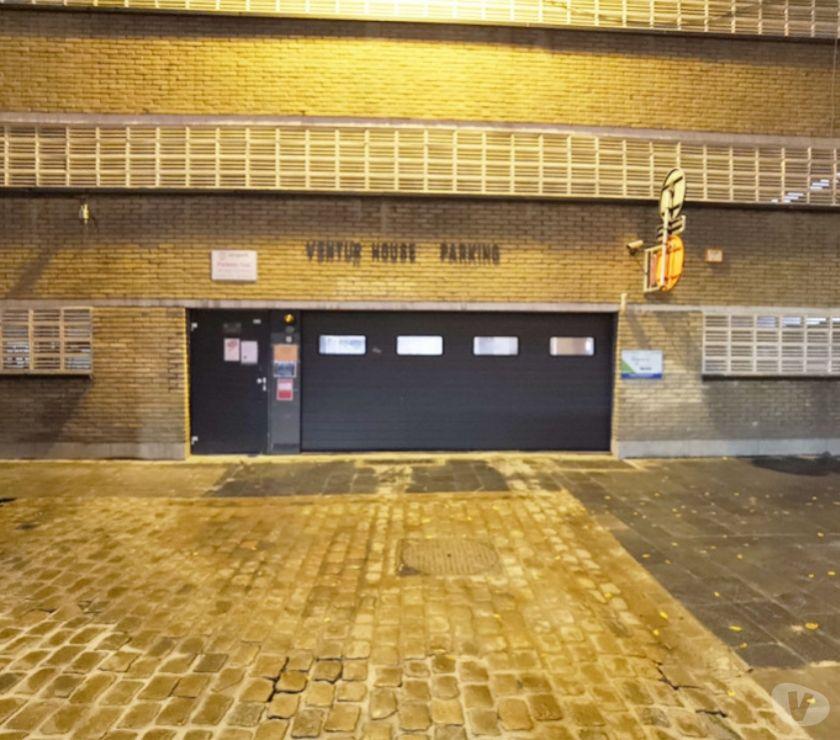 Photos Vivastreet Parking à louer Anvers Meir