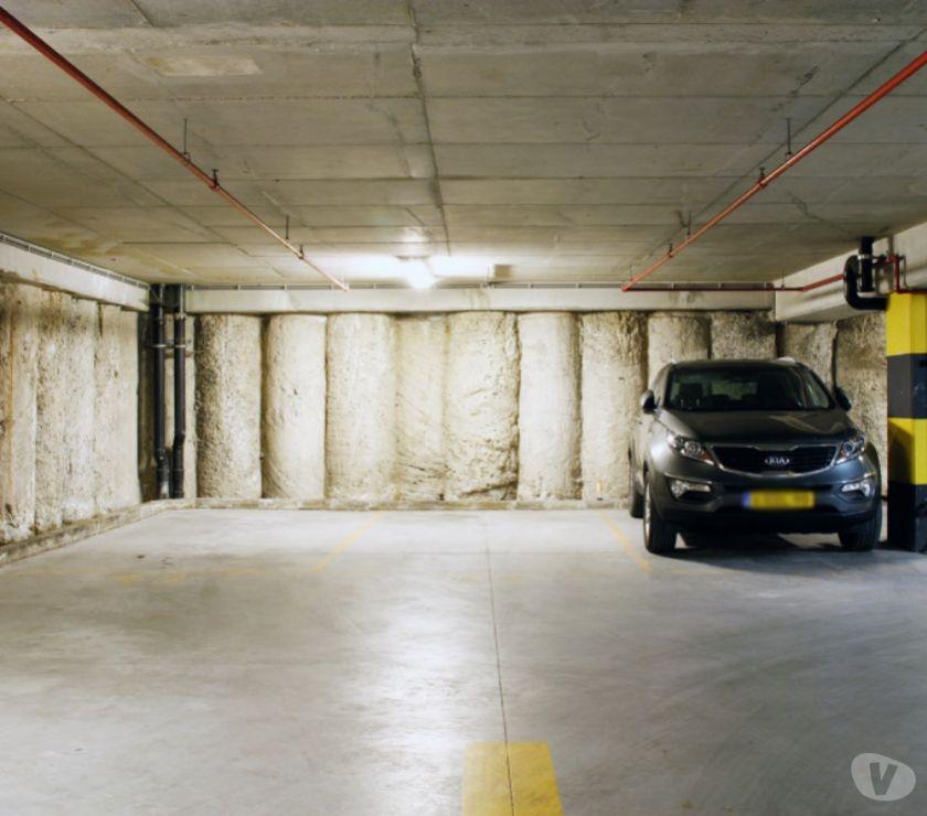 Location parking & garage Bruxelles Bruxelles - 1000 - Photos Vivastreet Parking Bourse Hôtel Marriott