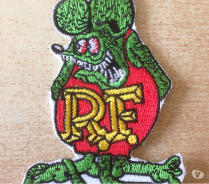 Photos Vivastreet écusson rat fink hot rod custom vert et rouge 8,5x6 cm
