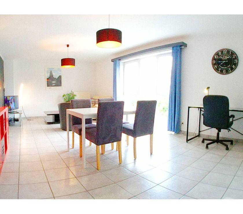 location meublé La Louvière - 7100 - Photos Vivastreet Appartement 2 ch meublé au moisTV + wifi + garage près Feluy