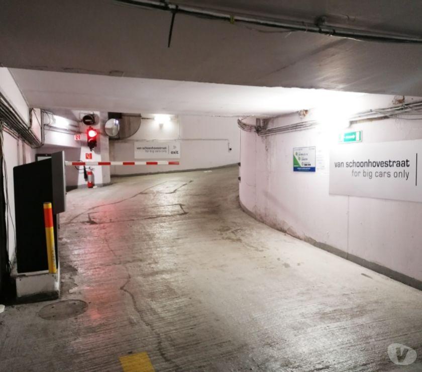 Location parking & garage Antwerpen Antwerpen - 2060 - Photos Vivastreet Parking te huur treinstation Antwerpen-Centraal