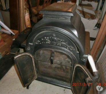 Photos Vivastreet Foyer feu ouvert OU fermé à bois OU charbon