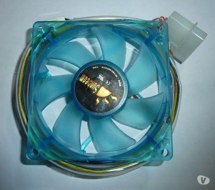 Photos Vivastreet Sunbeam ventilateur PC bleu transparent 8 cm