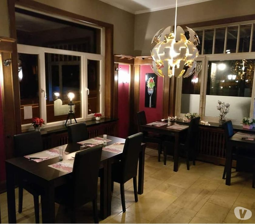 Photos Vivastreet A louer Rochefort : libre de suite: restaurant avec parking